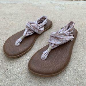 Sanuk Tribal Stripe Sandals  l Size 9